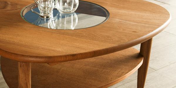 チーク材を使用した家具の魅力